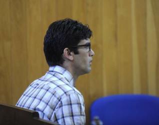 El condenado, ayer, en la Audiencia Provincial de A Coruña. carlos pardellas